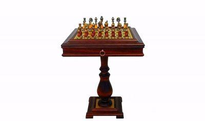 """Schachensemble """"Arabic Style"""" Schachtisch aus Holz und Messing & Schachfiguren aus Metall und Holz"""