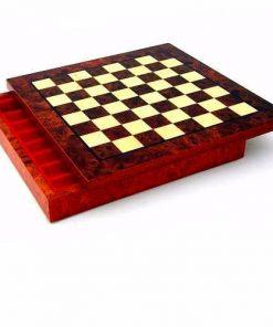 Schachbrett aus Massivholz mit Aufbewahrungsfach