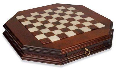 Schachbrett aus Massivholz Achteckig mit Schublade