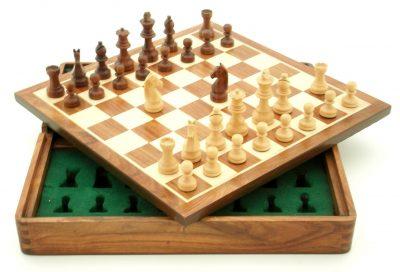 Reiseschach aus Holz Magnetisch mit Aufbewahrungsfach