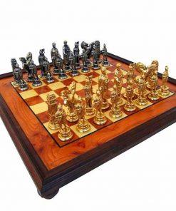 "Schachensemble ""Cäsar II"" Schachbrett aus Bruyère-Holz mit Standfüßen & Schachfiguren aus Metall Massiv"