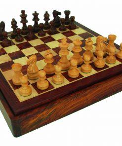"Schachensemble ""Classic VIII"" Schachbrett aus goldenem Rosenholz mit integriertem Aufbewahrungsfach & Schachfiguren aus vergoldetem Rosenholz"