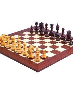 """Schachensemble """"Dubliner"""" Schachbrett & Schachfiguren aus Rosenholz"""