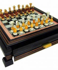 """Schachensemble """"Französischer Stil IV """" Schachbrett mit Standfüßen aus Holz Massiv Lackiert mit Spielbrett aus Glas & Schachfiguren aus Messing und Holz mit Gold-/Silberbeschichtung"""