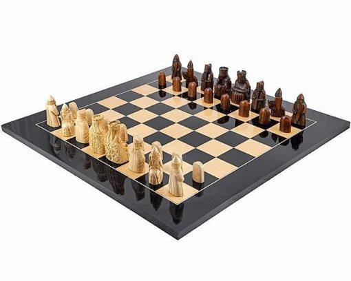 """Schachensemble """"Isle of Lewis"""" Schachbrett aus Massivholz Lackiert & Schachfiguren aus Kunstharz"""