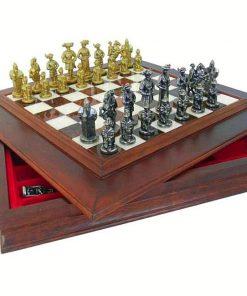 """Schachensemble """"Landsknechte"""" Schachbrett aus Massivholz mit Aufbewahrungsfach"""