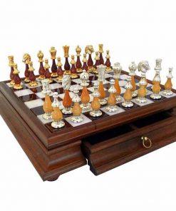 """Schachensemble """"Large Oriental"""" Schachbrett mit Standfüßen aus Holz Massiv und Spielbrett aus toskanischem Alabaster mit Schublade & Schachspiel aus Holz und Messing Gold-/Silberbeschichtung"""