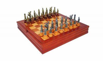 """Schachensemble """"Mittelalter II"""" Schachbrett aus Massivholz & Schachfiguren aus Holz und Metall Massiv"""