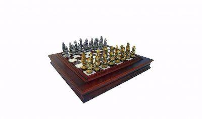 "Schachensemble ""Moncada"" Schachbrett aus Massivholz"