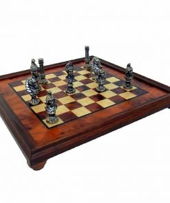 """Schachensemble """"Römische Büsten"""" Schachbrett aus Bruyère- und Ulmenholz & Schachfiguren aus Metall Massiv"""