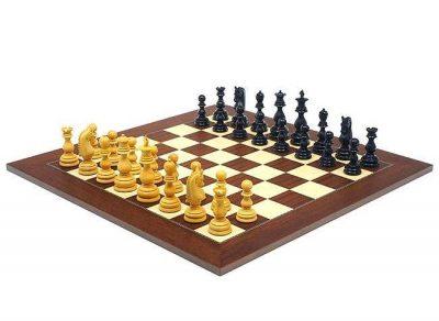 """Schachensemble """"Sochi"""" Schachbrett aus Rosen- und Ahornholz & Schachfiguren aus Ebenholz"""