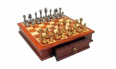 """Schachensemble """"Staunton Rosenholz"""" Schachbrett aus Rosenholz mit Aufbewahrungsfach & Schachfiguren aus Metall Massiv"""