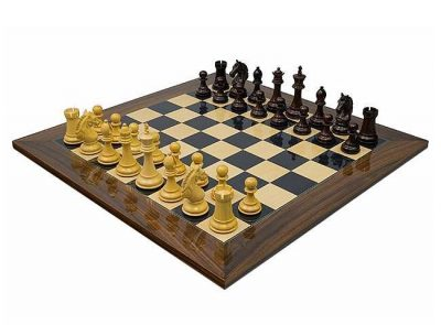 """Schachensemble """"Stretford"""" Schachbrett aus Rosen- und Ahornholz & Schachfiguren aus Rosenholz"""