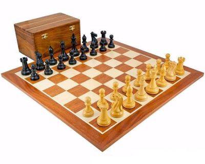 """Schachensemble """"Turnier"""" Schachbrett aus Ahorn- und Mahagoniholz"""