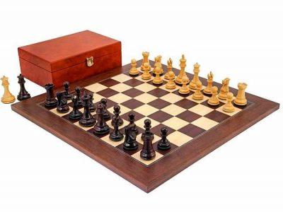 """Schachensemble """"Windsor Montgoy"""" Schachbrett und Schachfiguren aus Rosenholz und Palisanderwurzelholz"""